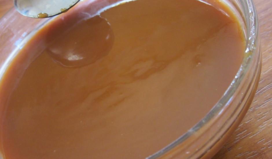 Vārītā piena karamele