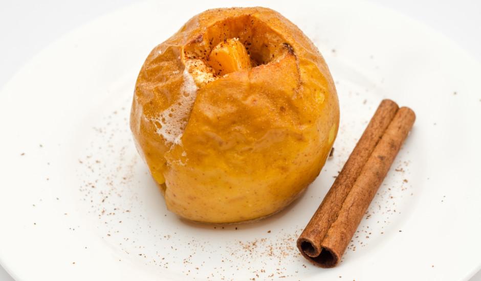 Krāsnī cepti āboli ar saldējumu