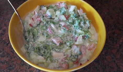 Dārzeņu salāti ar krējumu