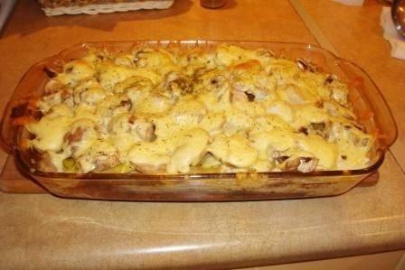 Kartupeļu sacepums ar šampinjoniem un malto gaļu