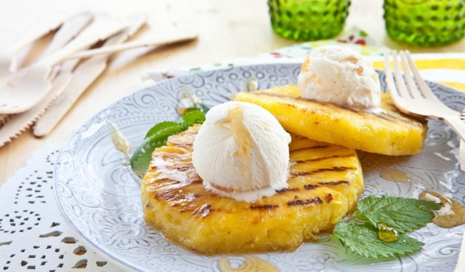Cepts ananass ar saldējumu