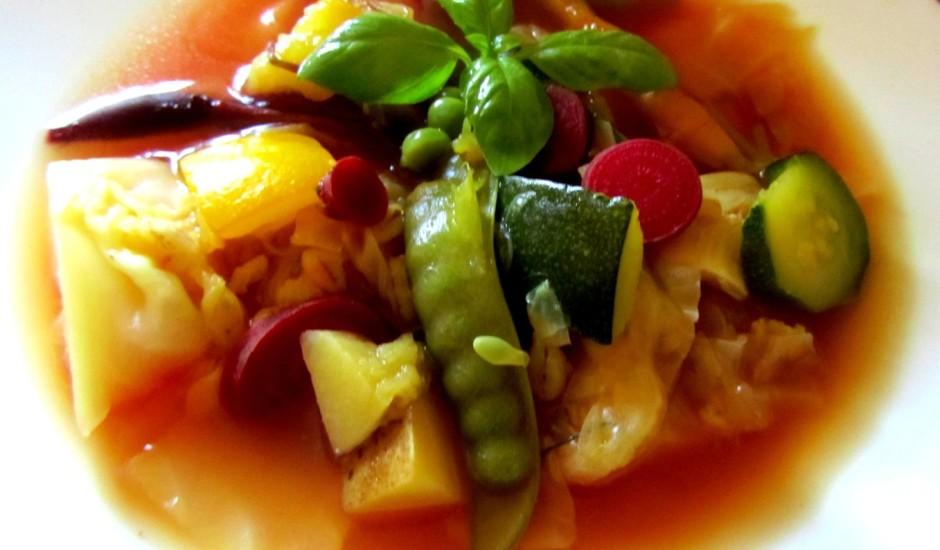 Dārzeņu zupa ar kabačiem