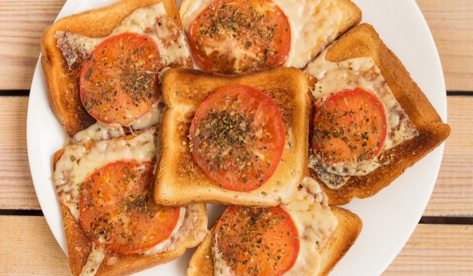 Tomātu siera maizītes