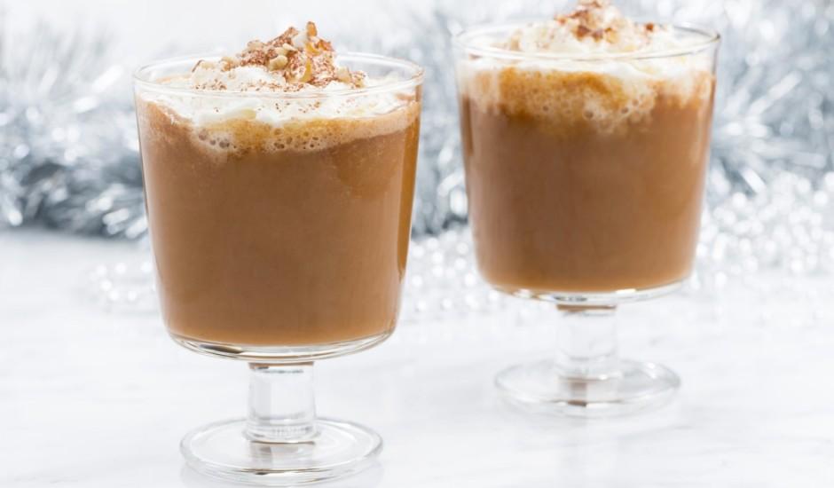 Kafijas saldējuma dzēriens