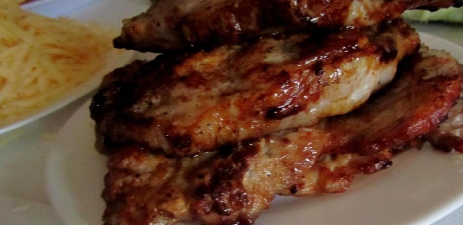Apcep uz panna gaļu.