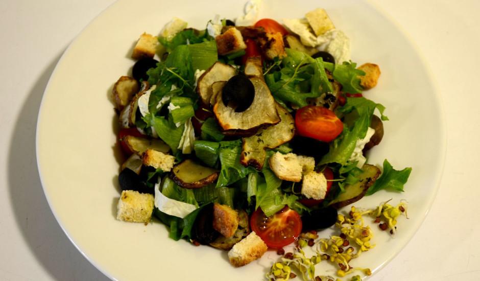 Karstie salāti ar topinambūriem