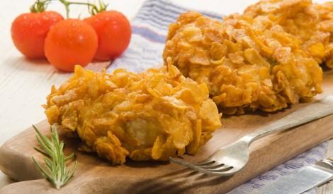 Vistas fileja kukurūzas pārslās ar svaigo sieru