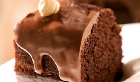 Šokolādes kūciņa ar riekstiem