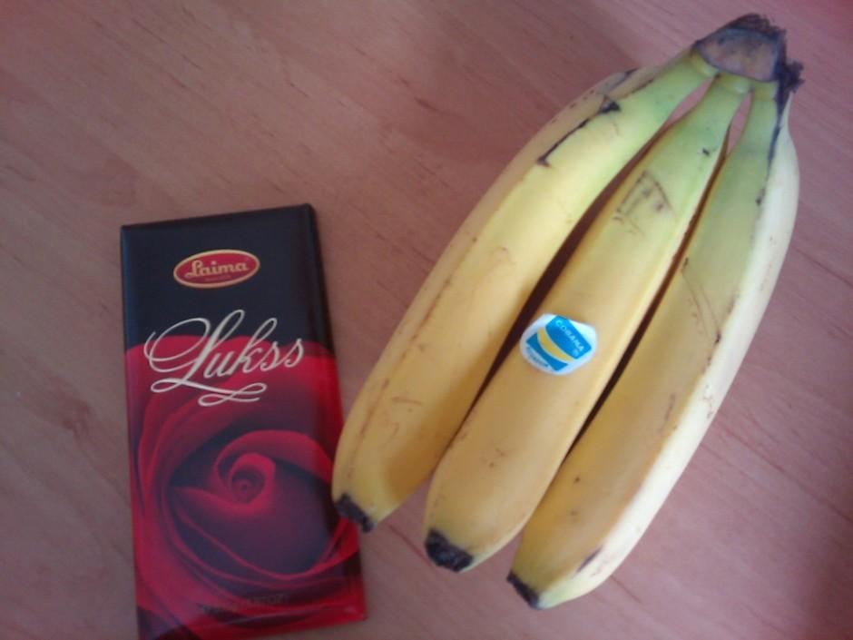 Nepieciešamas tikai divas sastāvdaļas. Šokolādi droši var ar...