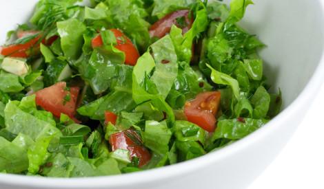 Lapu salāti ar eļļu un etiķi