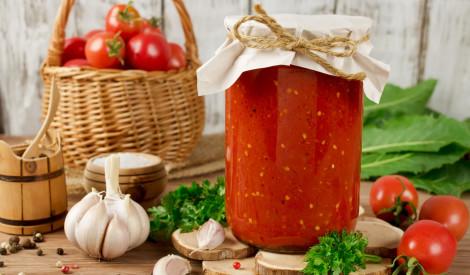 Ķiploki + tomāti svaigi ziemai