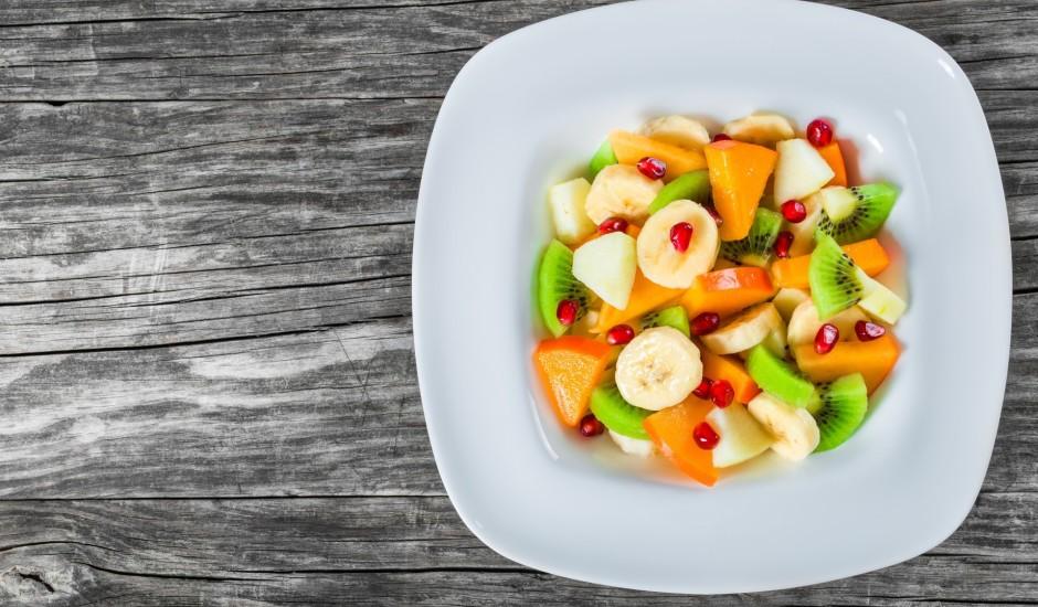 Saldie augļu salāti