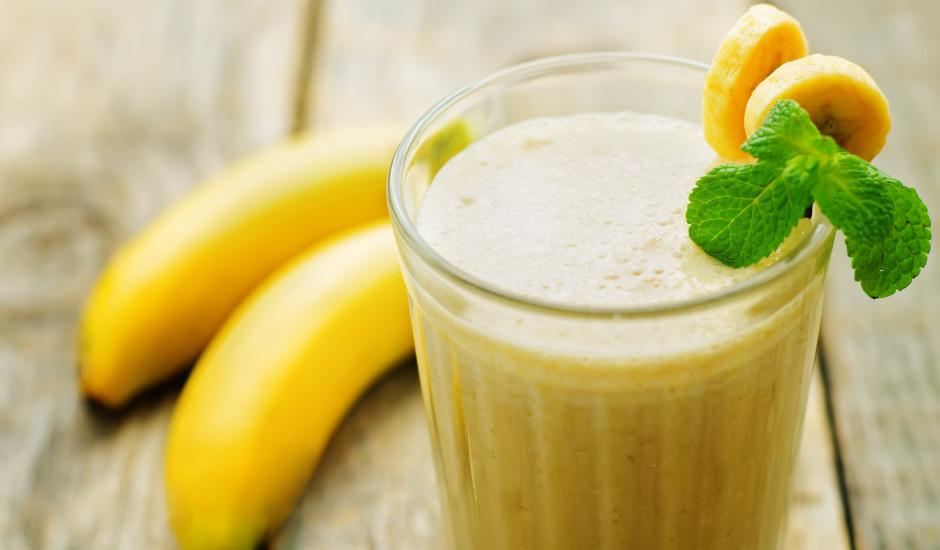Saldējuma - banānu kokteilis