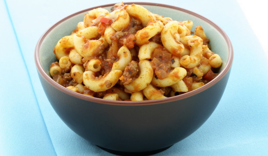 Makaroni ar malto gaļu mājas gaumē