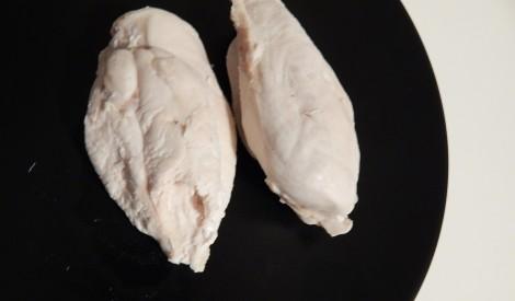 Vārīta sulīgā vistas fileja no Skaidrā