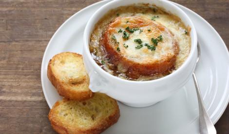 Siera - sīpolu zupa