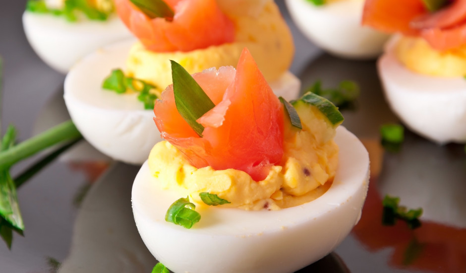 Pildītas olas ar lasi