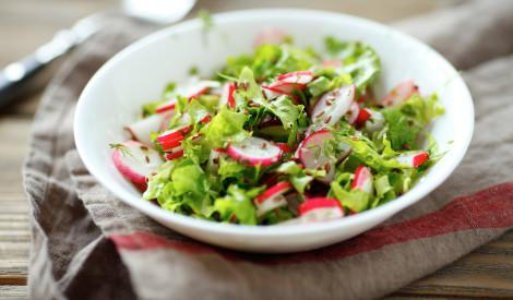 Lapu salāti ar augu eļļas mērci