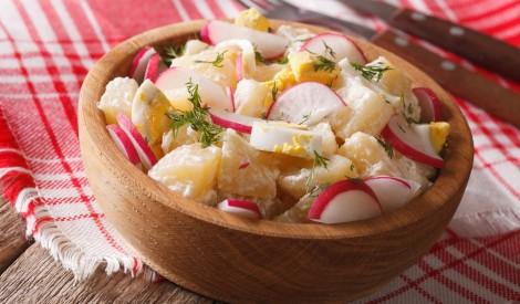 Redīsu salāti ar kartupeļiem un olām