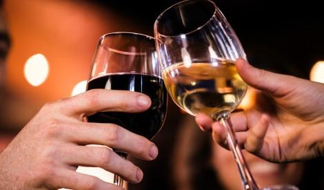 Apgāžam mītus par to, ka vīns pakās ir mazāk kvalitatīvs