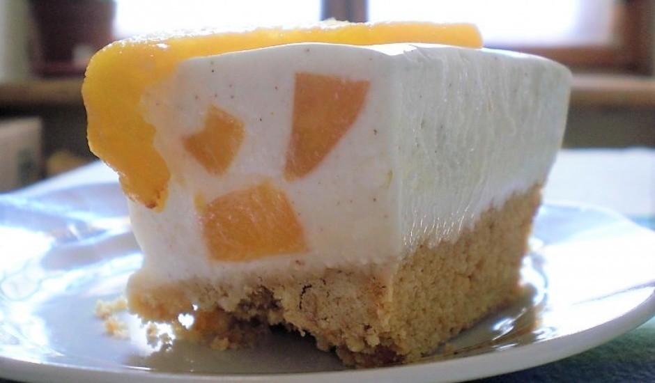 Persiku siera kūka bez cepšanas