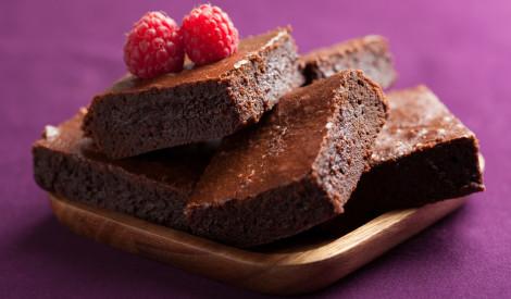 Tradicionālā zviedru šokolādes kūka - Klädkaka