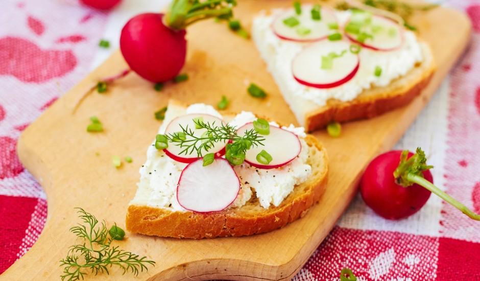 Biezpiena - redīsu maizītes
