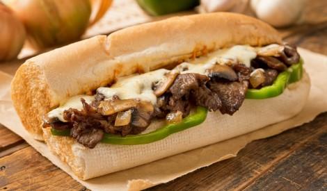 Lielā, karstā liellopa gaļas sviestmaize