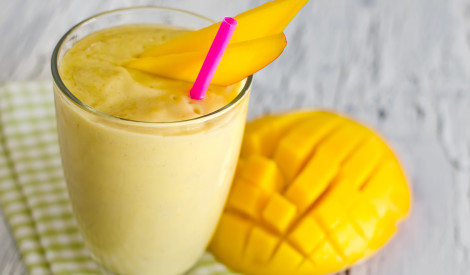 Saulainais mango smūtijs