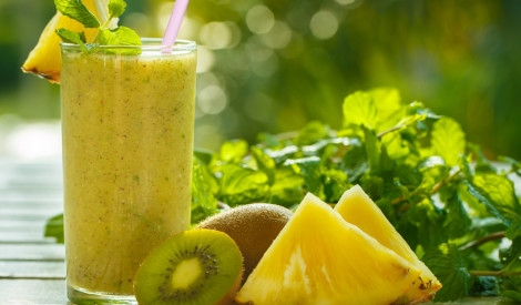 Kivi - ananasa smūtijs