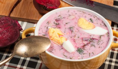 Aukstā biešu - kefīra zupa