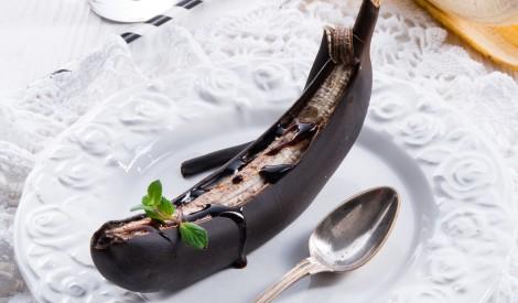 Melnais banāns ar šokolādi