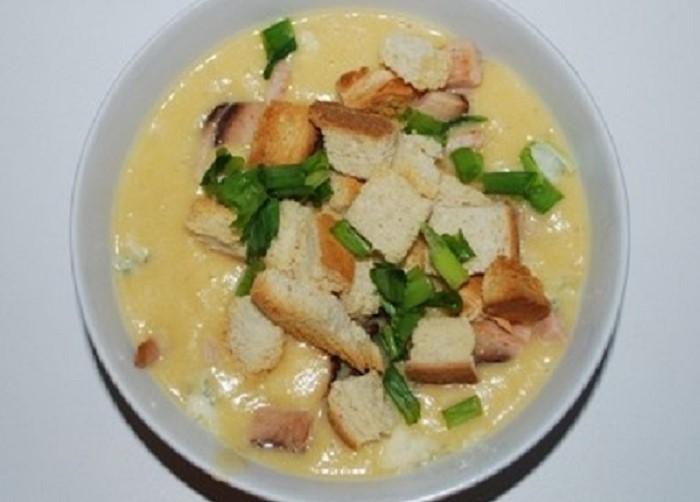 Kartupeļu, burkānu un selerijas krēmzupa