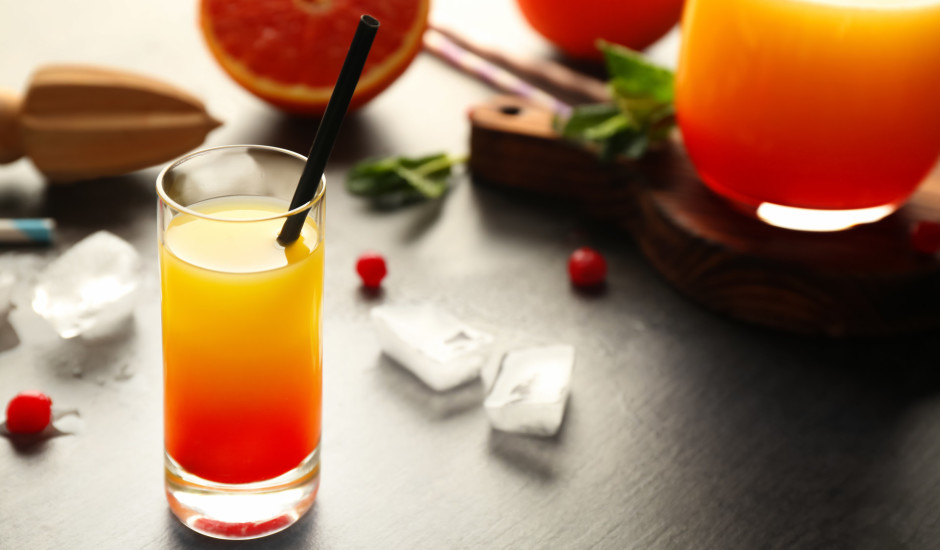 Kokteilis Tequila Sunrise