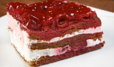 Ķiršu - medus kūka