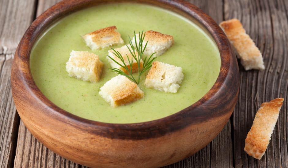 Jauno spinātu zupa