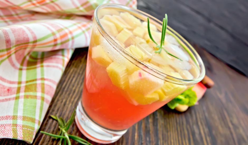 Rabarberu un ķiršu limonāde