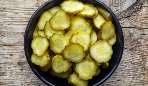 Gurķu salāti burciņās