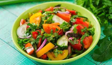 Svaigie vasaras salāti