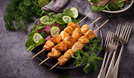 Grilējam vistiņu uz nebēdu! 15 gardas receptes