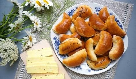 Cepam gardas plātsmaizes un pīrāgus! 15 brīnišķīgas receptes