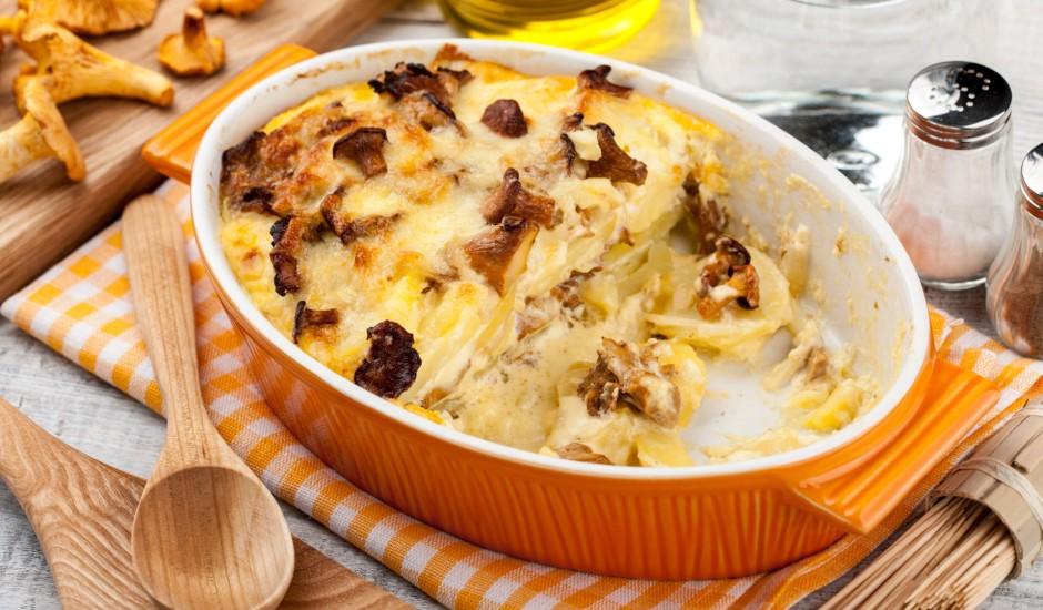 Kartupeļu sacepums ar gailenēm