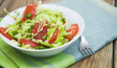 Kāpostu - tomātu salāti