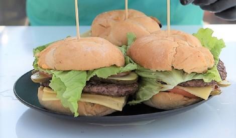 Spēka (klasiskais) burgers