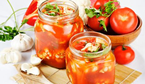 Ziedkāposti tomātu marinādē