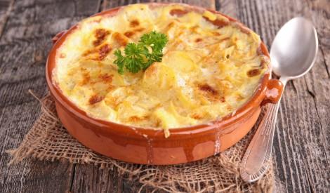Franču kartupeļu sacepums pienā
