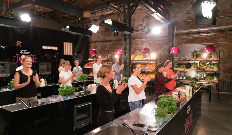 """Jaunie cepas: sākas kulinārijas šovs """"Samsung Galaxy Dream Chef"""""""