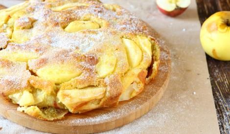 Ābolu biskvīta kūka