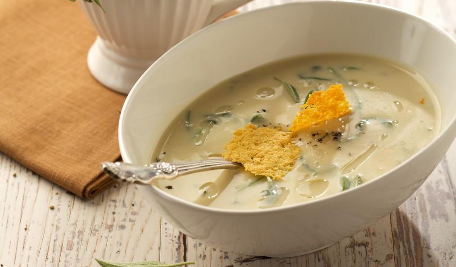 """Balto pupiņu zupa ar pievienotiem garšaugiem un cieto sieru """"Džiugas"""""""