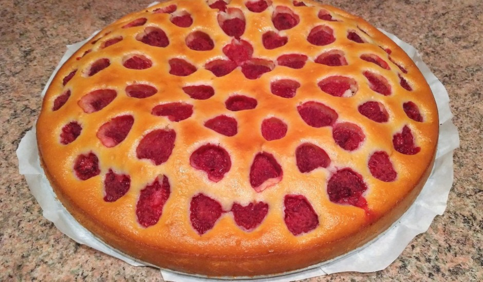 Kefīra kūka ar avenēm